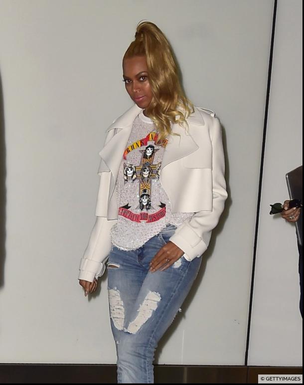 Photos : Emilie Nef Naf : un nouveau blond pour ressembler à Beyoncé !