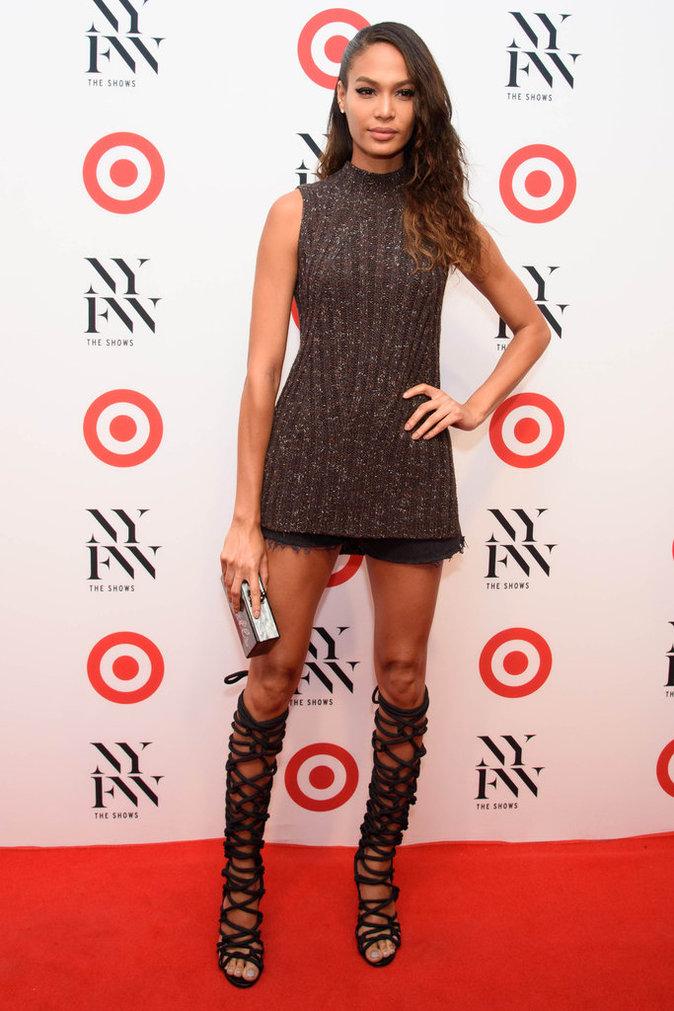 Photos : Emily Ratajkowski retrouve ses girls Kendall Jenner et Joan Smalls pour la Fashion Week !