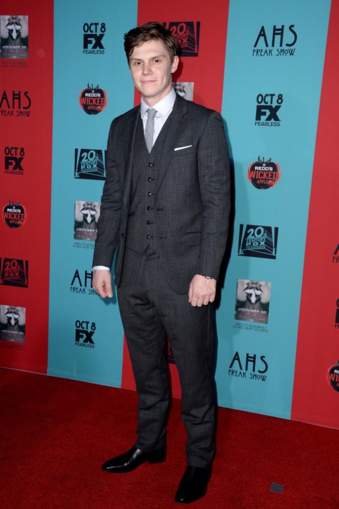 Evan Peters le 5 octobre 2014