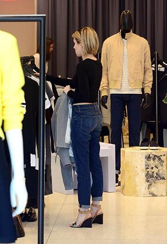 Emma Roberts à Los Angeles le 7 avril 2014