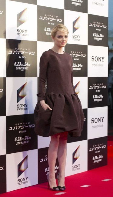 Emma Stone lors de la première mondiale du film The Amazing Spider-man à Tokyo, le 13 juin 2012.