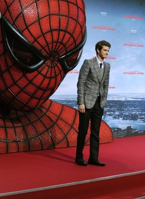 Andrew Garfield lors de la première de The Amazing Spider-Man à Berlin, le 20 juin 2012.