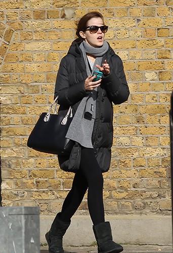 Emma Watson à Londres le 6 mars 2014