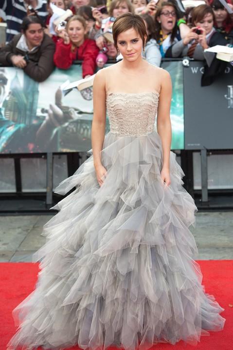 Emma Watson lors de la première mondiale du film Harry Potter et les reliques de la mort - part II, le 7 juillet à Londres.