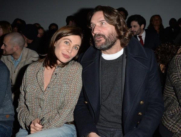 Emmanuelle Béart et Frédéric Beigbeder au défilé Paul & Joe !