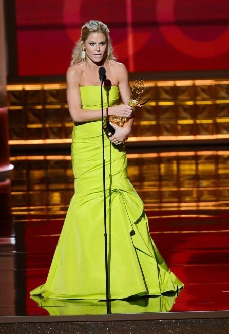 Julie Bowen lors de la 64e cérémonie des Emmy Awards à Los Angeles, le 23 septembre 2012.