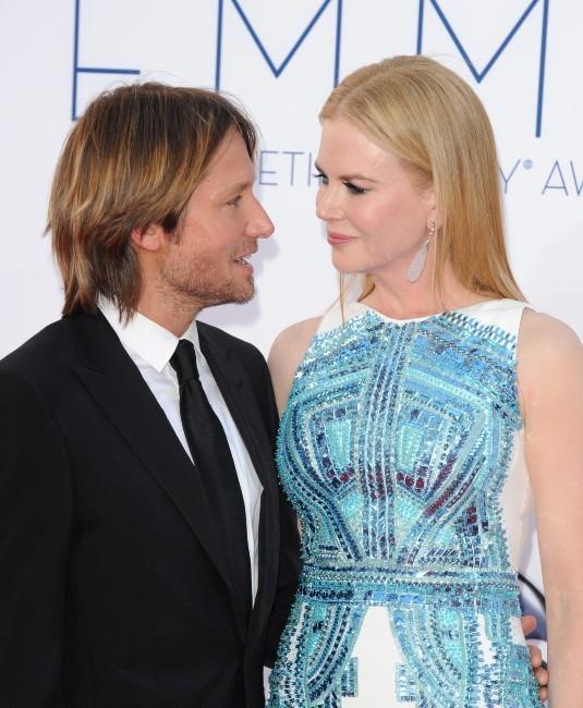 Keith Urban et Nicole Kidman lors de la 64e cérémonie des Emmy Awards à Los Angeles, le 23 septembre 2012.