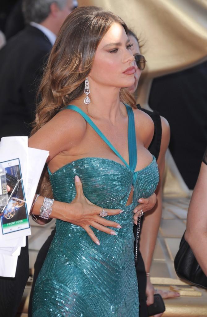 Sofia Vergara lors de la 64e cérémonie des Emmy Awards à Los Angeles, le 23 septembre 2012.