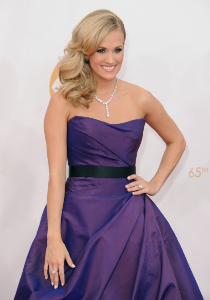 Carrie Underwood lors de la cérémonie des Emmy Awards à Los Angeles, le 22 septembre 2013.