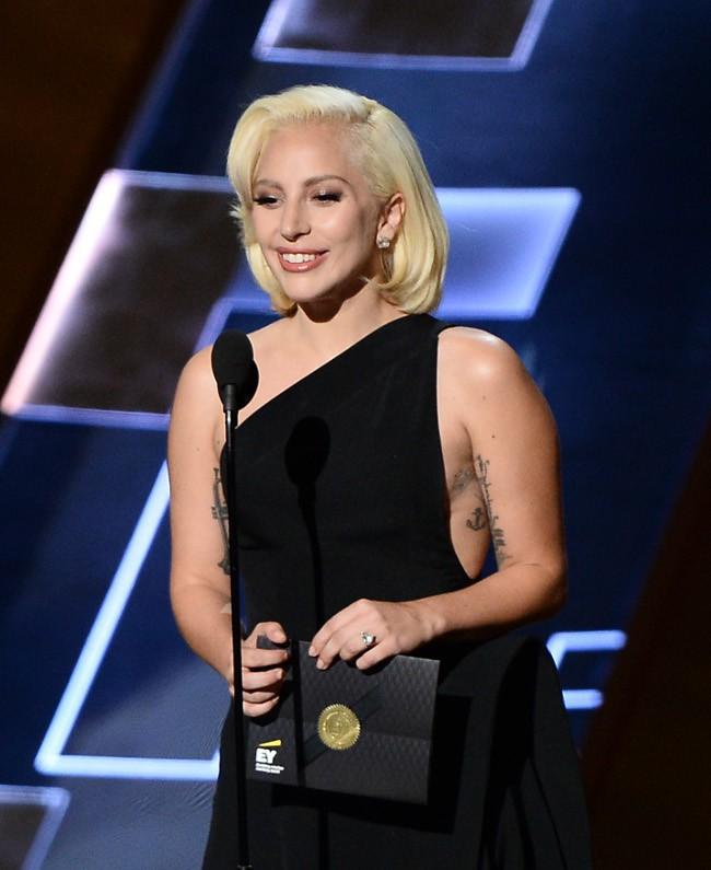 Lady Gaga à la 67e cérémonie des Emmy Awards le 20 septembre 2015