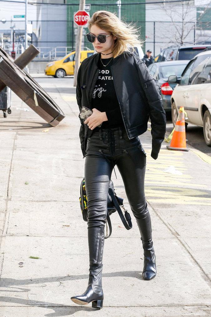 Photos : Et Dieu créa Gigi Hadid…