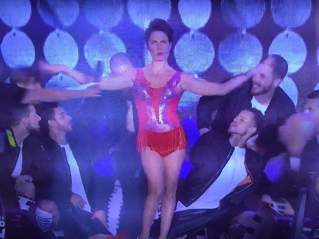 Photos : Euro 2016 : Alessandra Sublet fait le show d'ouverture à la Tour Eiffel !