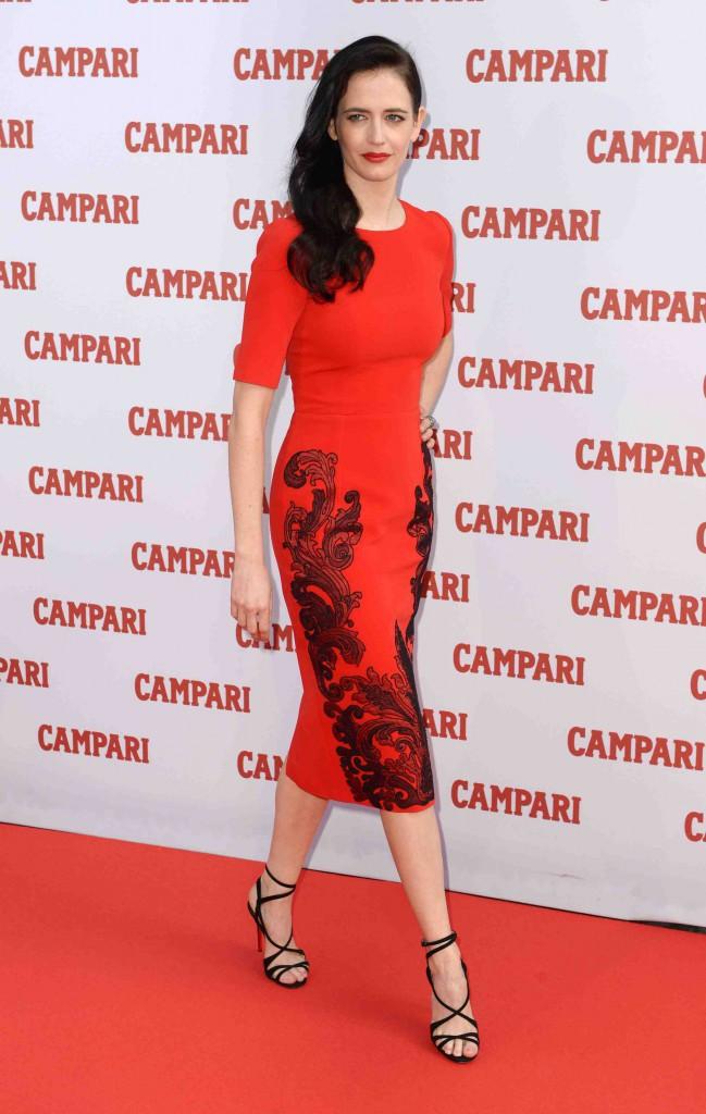 Eva Green : égérie flamboyante pour la marque Campari !