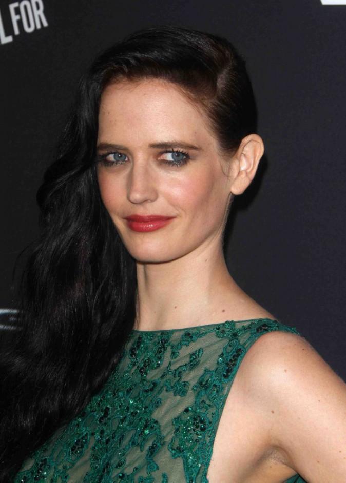 Eva Green : en vert des yeux à la robe pour la première du film Sin City 2 !