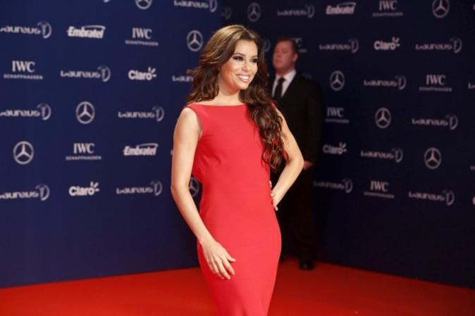 Eva Longoria sur le tapis rouge des Laureus World Sports Awards à Rio de Janeiro le 11 mars 2013