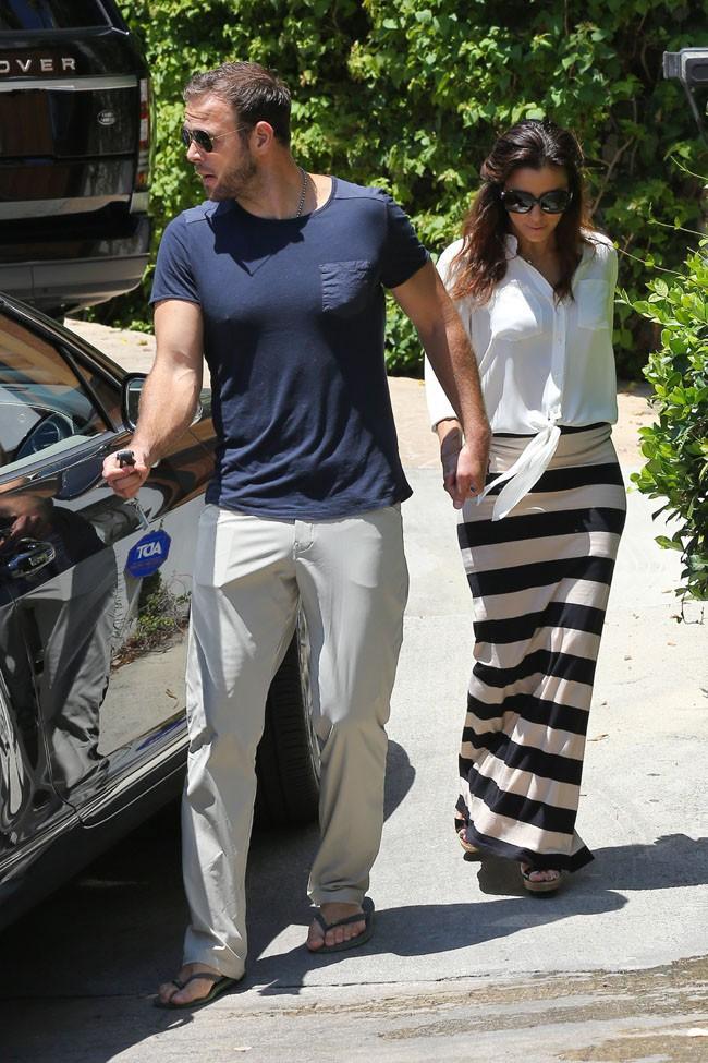 Eva Longoria et Ernesto Arguello à la recherche d'une maison à Los Angeles le 24 juillet 2013