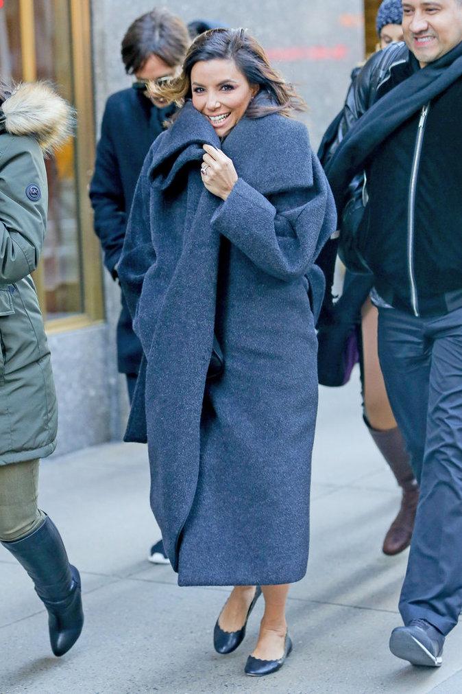 Photos : Eva Longoria : la bomba latina brave le froid New-Yorkais