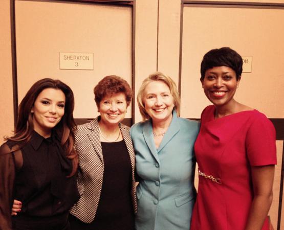 Eva Longoria rencontre Bill et Hillary Clinton !