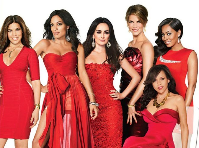 America Ferrera, Rosario Dawson, Ana de la Reguera, Natalie Morales, Rosie Perez et La La Anthony en couverture de Latina Magazine.