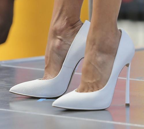 Photos : Eva Longoria : sublime et glamour pour un nouveau plateau télé !