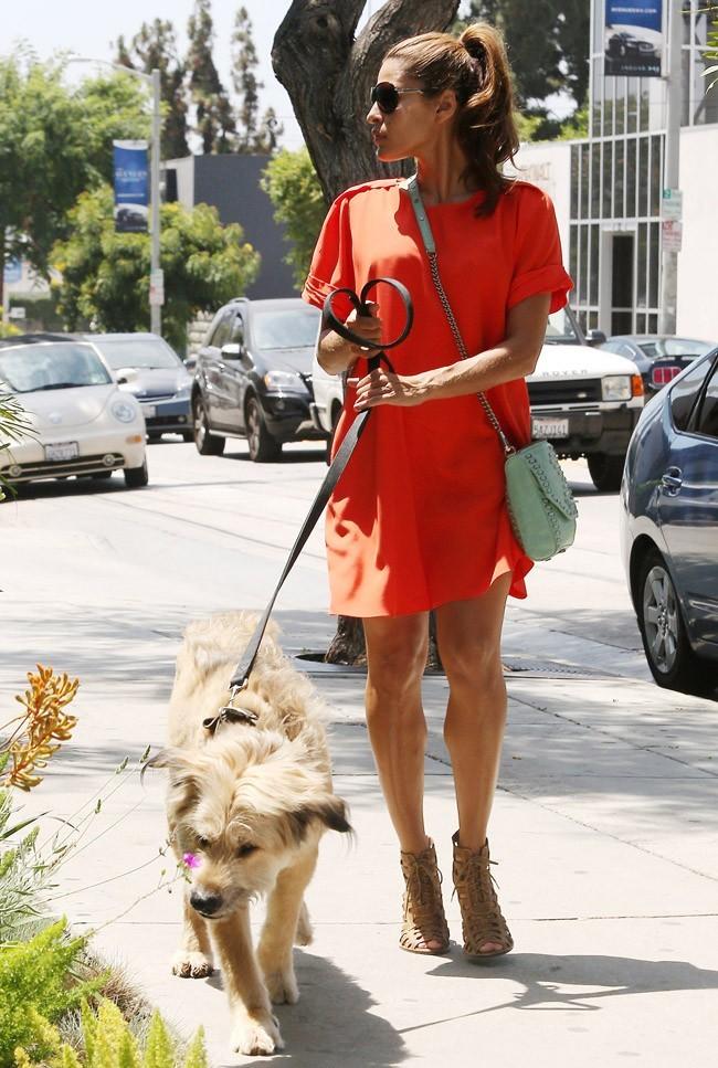 Eva Mendes le 2 août 2012 à Los Angeles