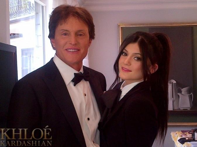 Kylie Jenner avec son papa Bruce !