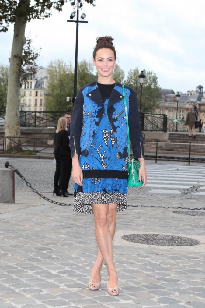 Bérénice Béjo se rendant au défilé Louis Vuitton à Paris, le 3 octobre 2012.