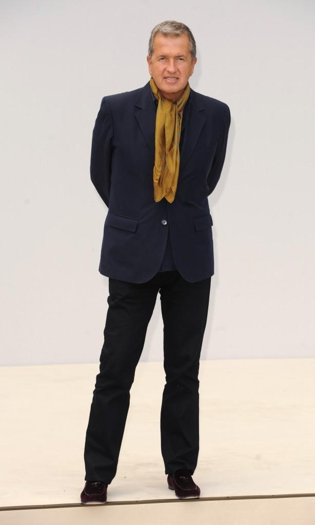Mario Testino lors du défilé Burberry à Londres, le 19 septembre 2011.