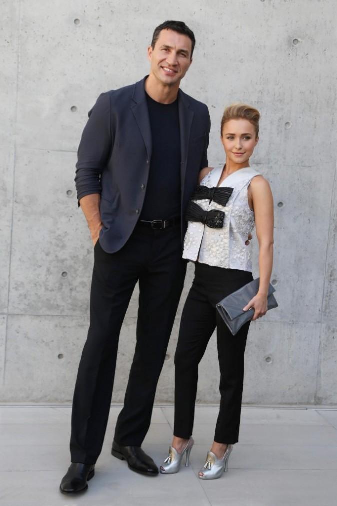 Hayden Panettiere et Wladimir Klitschko se rendent au défilé Homme Giorgio Armani lors de la Fashion Week de Milan, le 25 juin 2013.