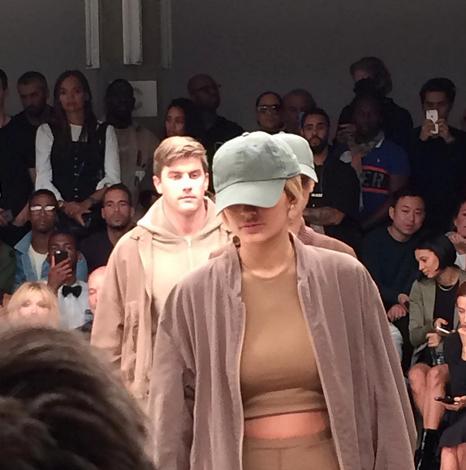 Kylie Jenner a une nouvelle fois défilé pour Kanye West !