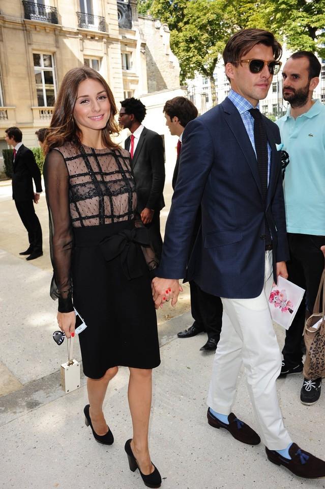 Olivia Palermo et Johannes Huebl lors du défilé Valentino à Paris, le 6 juillet 2011.