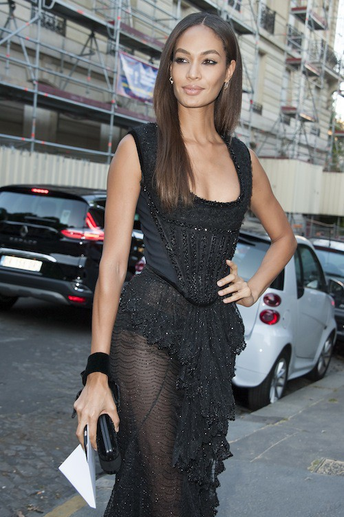 Joan Smalls à la soirée Vogue pendant la Fashion Week Haute Couture de Paris, le 6 juillet 2015