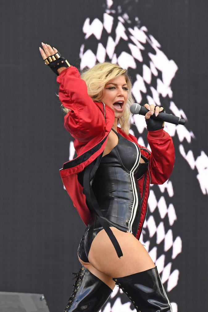 Photos : Fergie en concert : gros coup de mou pour la M.I.L.F !
