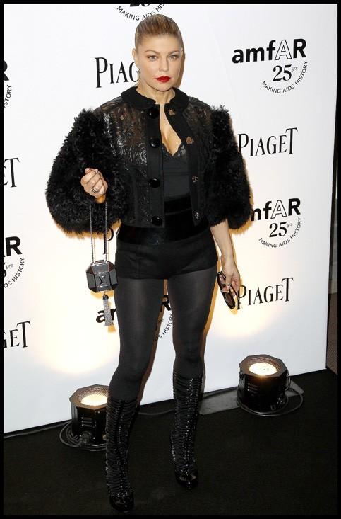 Fergie en total look Louis Vuitton...