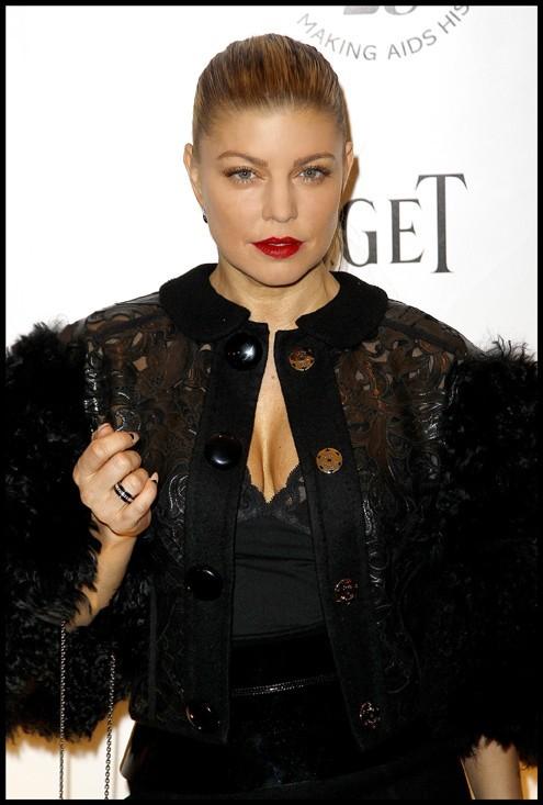 Fergie honorée lors du Gala de l'amfAR à Paris !