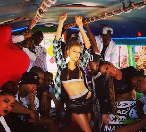 Fergie sur le tournage de L.A.LOVE en octobre 2014