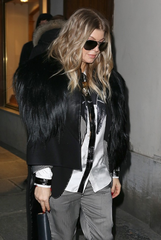Fergie à la sortie de son hôtel le 27 février 2013