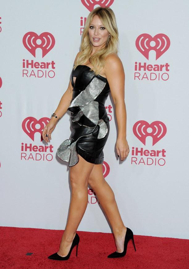 Hilary Duff sur le tapis rouge du iHeartRadio Music Festival, à Las Vegas, le 20 septembre 2014