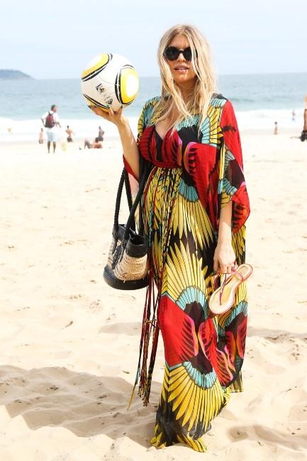 Fergie sur la plage d'Ipanema au Brésil, le 4 avril 2013.