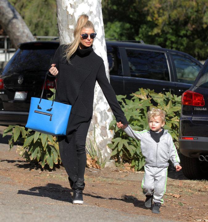 Photos : Fergie : une maman branchée avec son fils, Axl