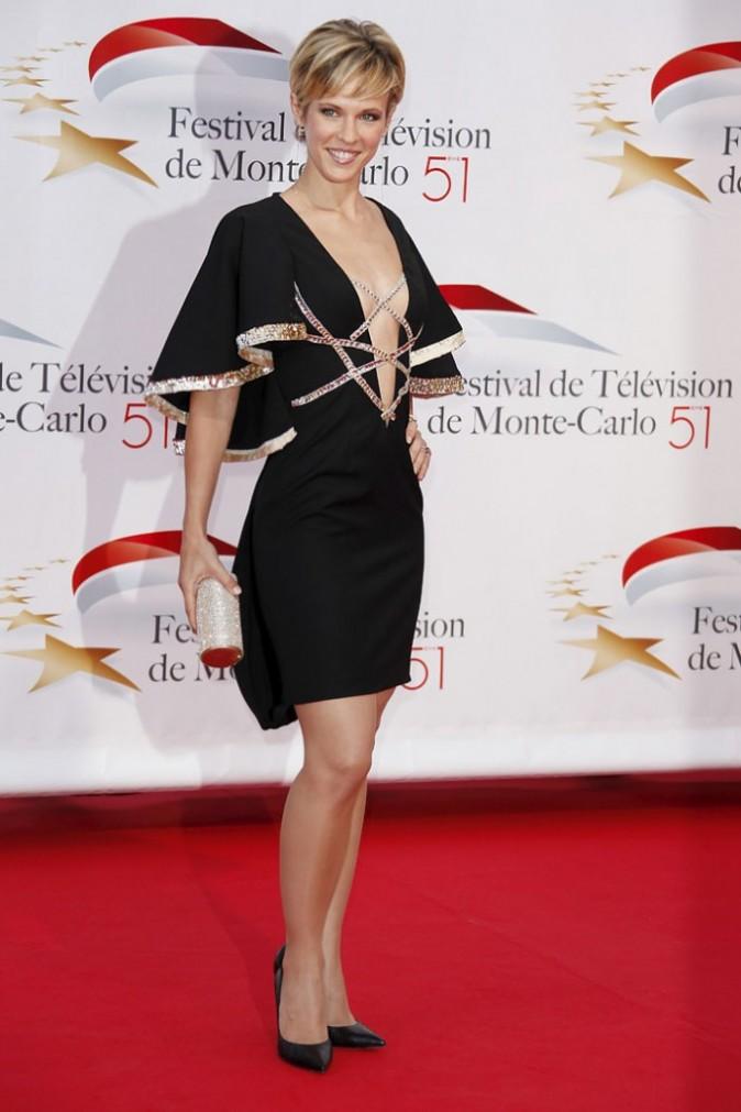 Sexy la robe de Lorie !