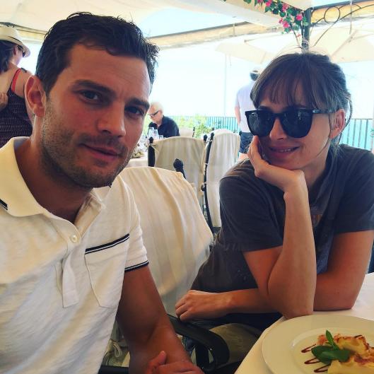 Dakota Johnson et Jamie Dornan sur le tournage de Fifty Shades
