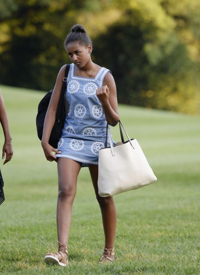 Photos : fini les vacances pour les Obama, Sacha et Malia dégoûtées !
