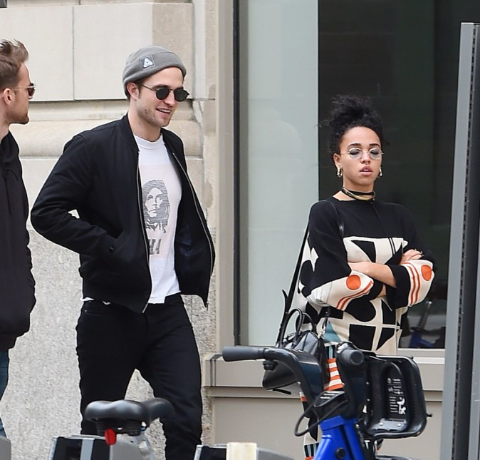 FKA twigs : une bamba triste aux côtés de Robert Pattinson !