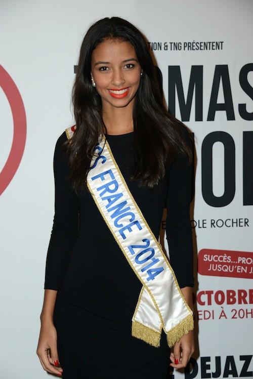 Photos : Flora Coquerel et Malika Ménard : Miss décontractées !