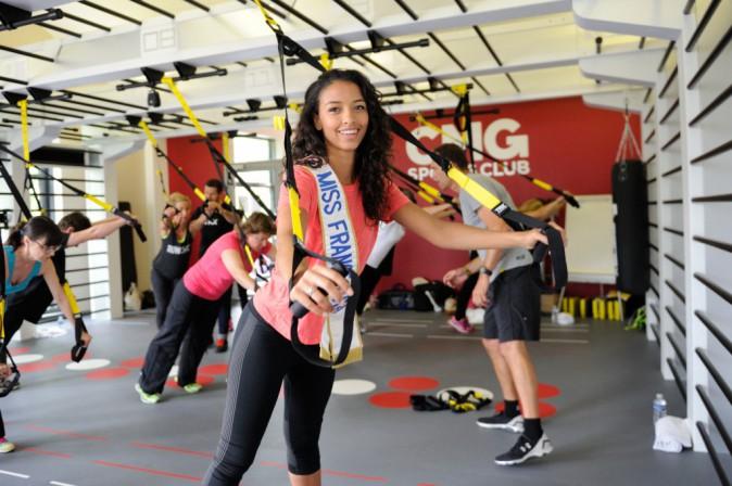 Photos : Flora Coquerel : renforcement musculaire pour Miss France !