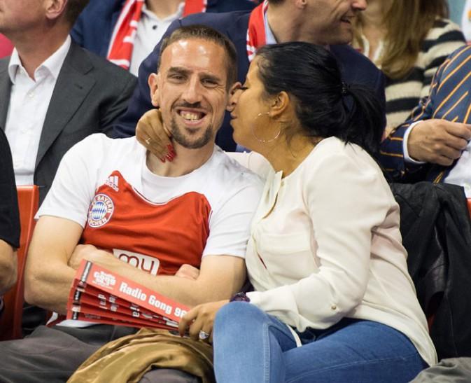 Franck Ribéry et sa femme Wahiba à Munich le 3 avril 2014