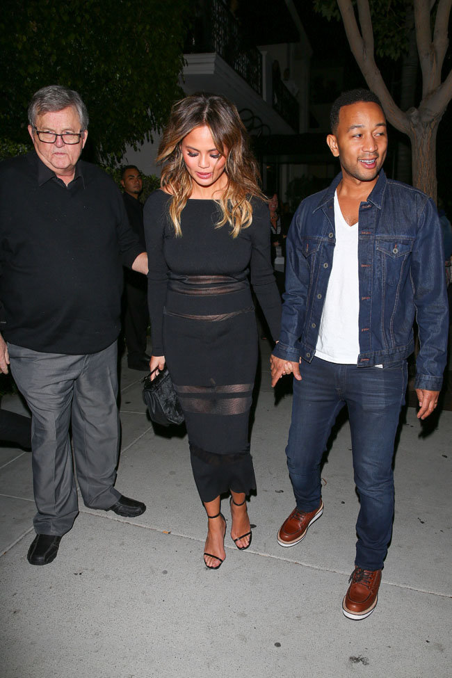 Chrissy Teigen et John Legend à Beverly Hills le 4 novembre 2015