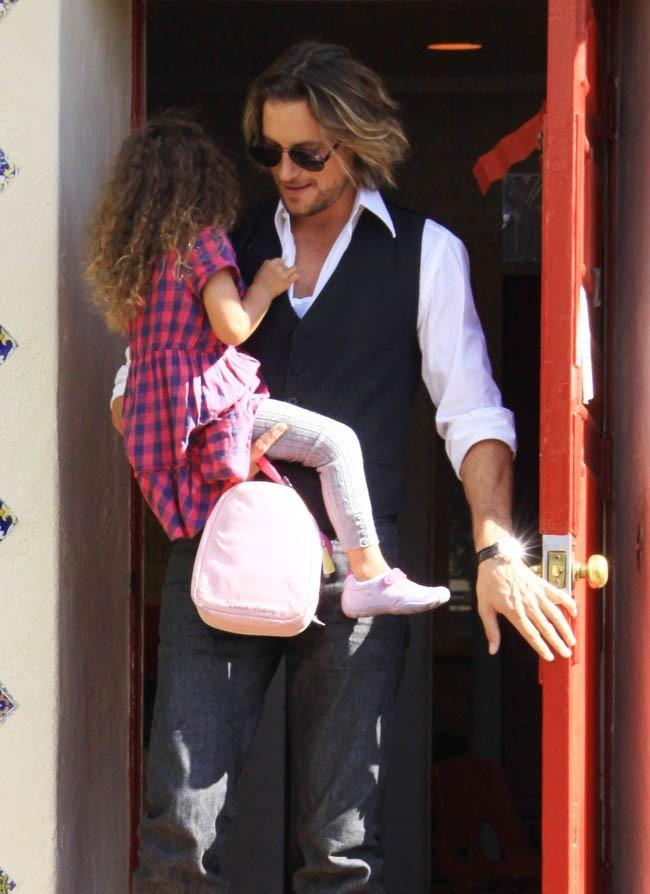 L'ex d'Halle Berry a toujours le droit de garder sa fille