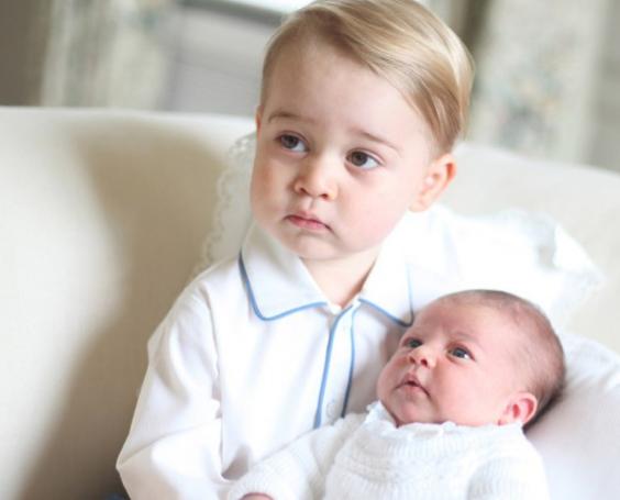 Le prince George et Charlotte de Cambridge